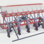 Mesin Pemupuk Tanaman – Bharat Agro Automatic Seed Drill