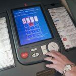 Terapkan e-voting pada Pemilu 2024, Memangkas Biaya dan Membangun Industri