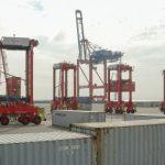Melindungi Pelabuhan